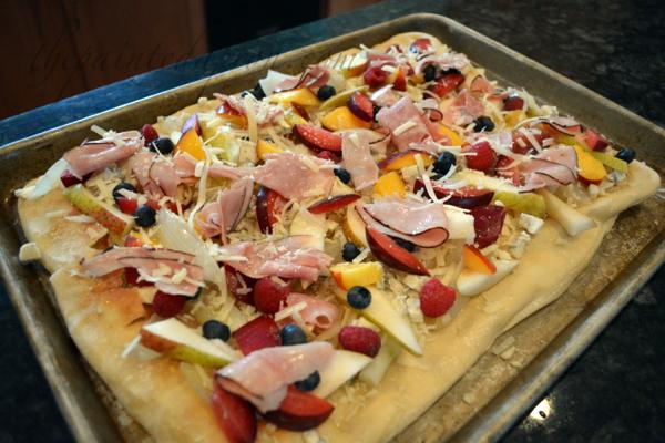 stone fruit pizza thepaintedapron.com