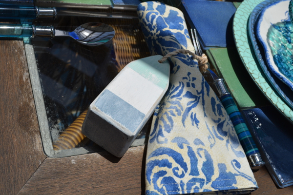 buoy tied napkin thepaintedapron.com