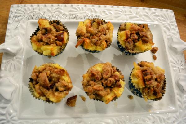 bread pudding muffins thepaintedapron.com