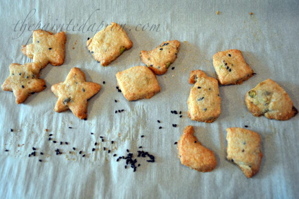 sesame seed pistachio cookies
