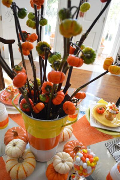 candy corn centerpiece thapaintedapron.com