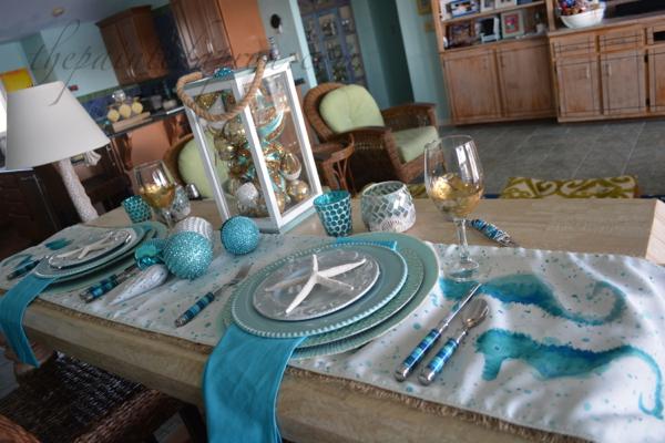 aqua and gold sea table