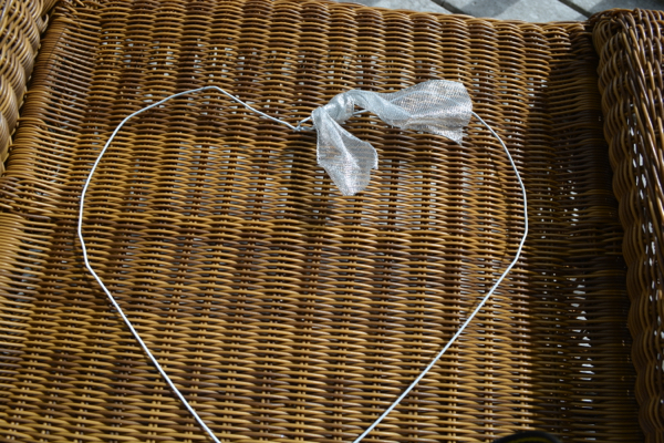 coat hanger heart