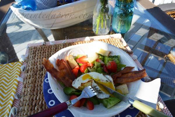 sunny side up breakfast bowl