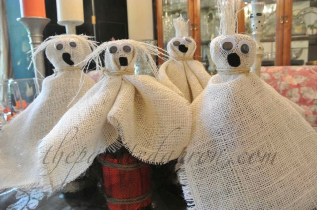 burlap ghosts thepaintedapron.com