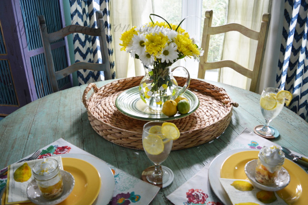 sunny lemon table thepaintedapron.com