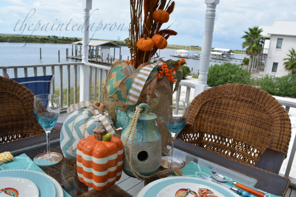 signs-of-fall-beach-centerpiece-thepainteapron-com