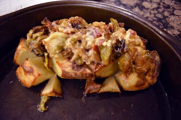 vegetable-topped-potato