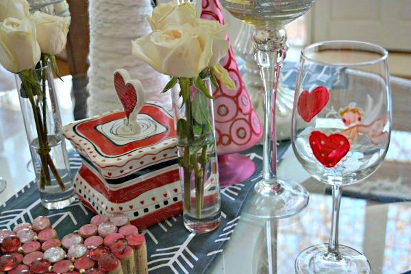 valentine-table-details