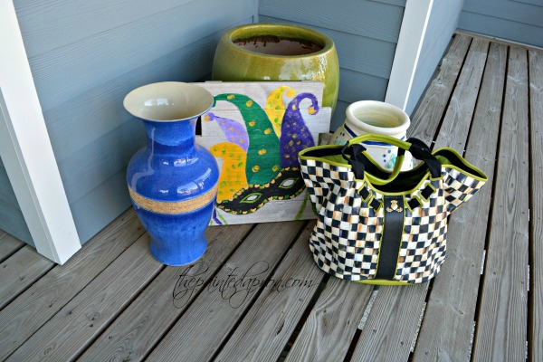 tote-with-mardi-gras-mask