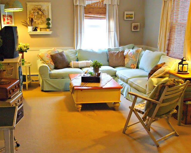 { Turning a bedroom into a den } - The Painted Home by ...