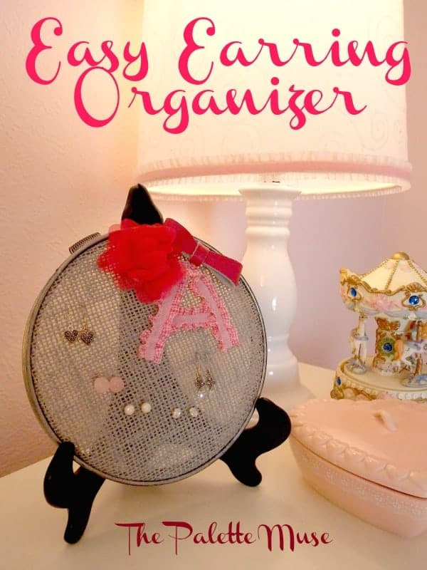 Earring Organizer from an Embroidery Hoop and Burlap