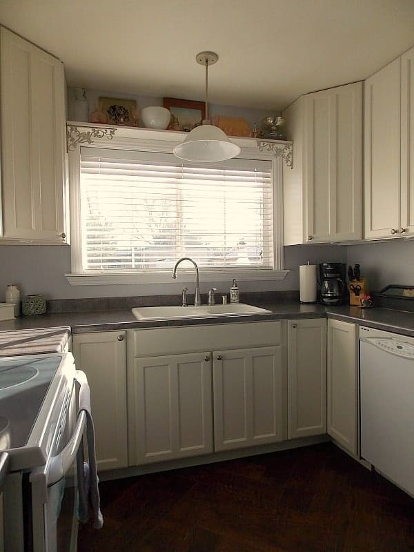 New Kitchen Cabinet Makeover Reveal