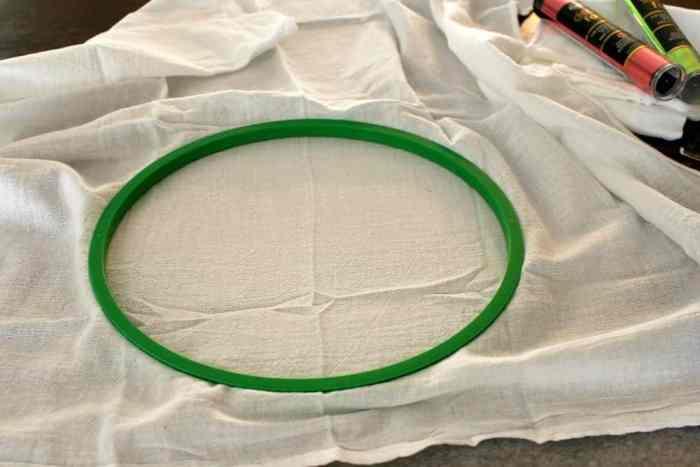 Tea-towel-embroidery-hoop