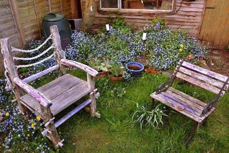 garden-chairs