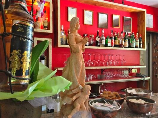 At the Bar - Ristorante alla Torre - San Zenone degli Ezzelini (TV), Italy | ©Tom Palladio Images