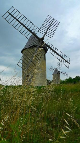 Windmills of Montagne - St. Emilion, FR | ©Tom Palladio Images