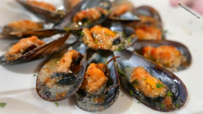 Grilled mussels at Grotta Marinara, Gallipoli, Italy