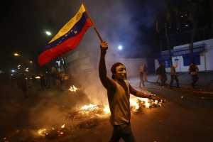 SOCIALISM: Venezuela economy shrank by 16.5% in 2016