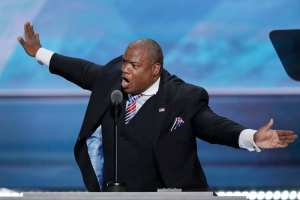 WATCH: Pastor Mark Burns destroys leftist racism narrative