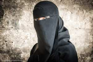"Study: 75% of Swiss voters want to ban ""face coverings"""