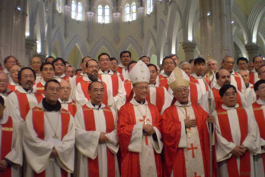 """Cardinal Joseph Zen: Pope Francis is """"selling out the Catholic Church in China."""""""