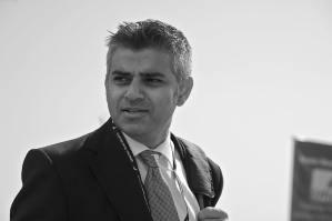 London Mayor pushing for 'Knife Control' policies in wake of stabbing epidemic