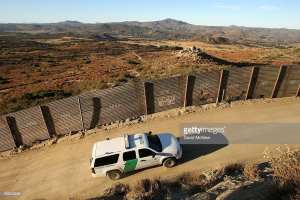 REPORT! Over 1k migrants apprehended crossing U.S border per day