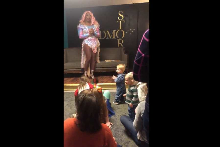 """Kids as young as nine months attend """"Drag queen storytime"""" in DC"""