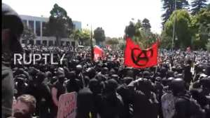 """FLASHBACK-Antifa: """"No borders! No walls! No USA at all!"""""""