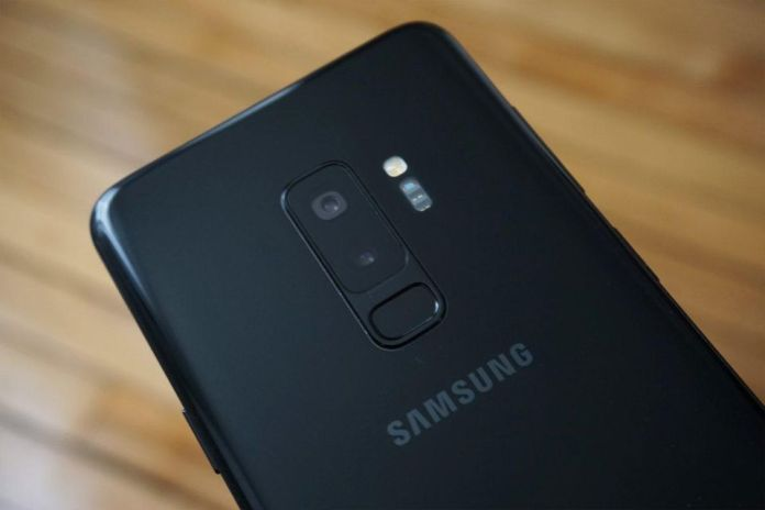Samsung Galaxy S9 Plus Review in 2019 - The Panther Tech