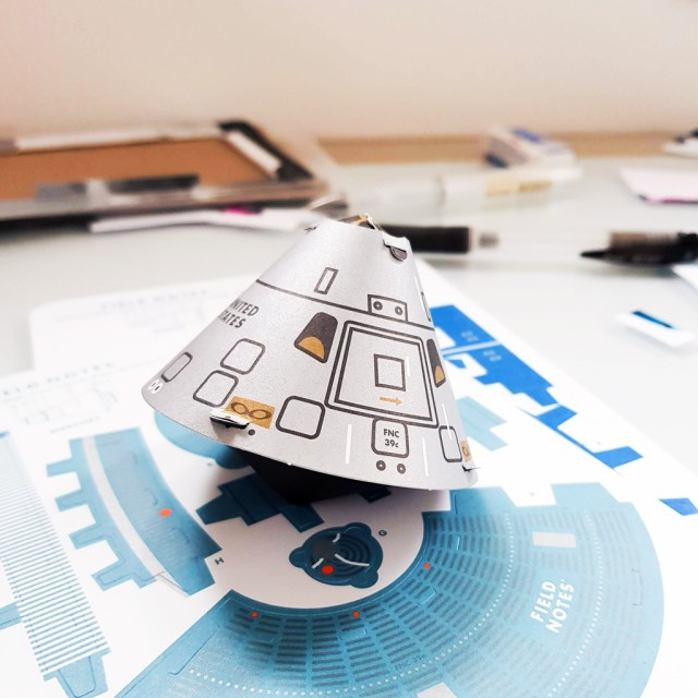 paper model of Apollo crew capsule