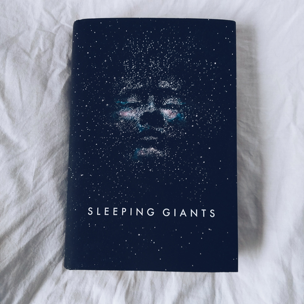 Cover of Sleeping Giants by Sylvain Neuvel.