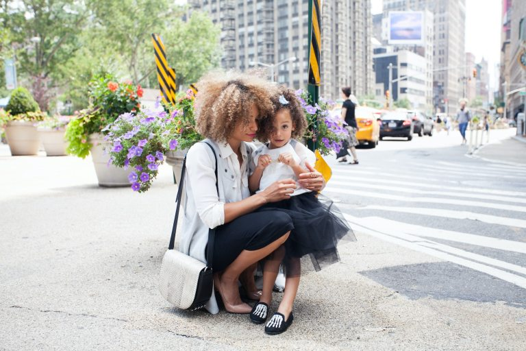 How I Can Model Beauty to My Daughter | Parent Cue Blog