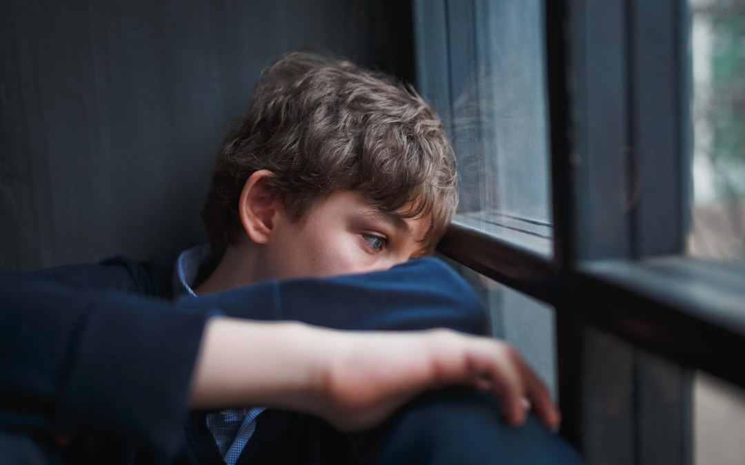 The Warning Signs of Depression and Anxiety in Kids