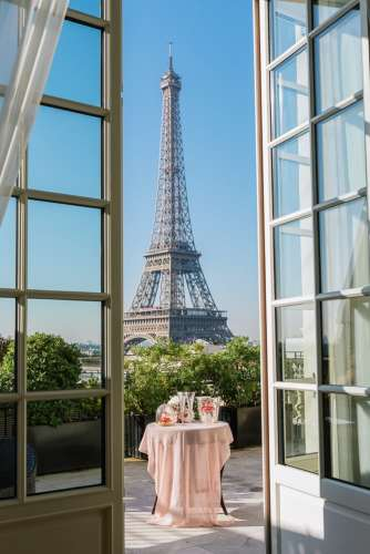 Elope in Paris - Best venue for Eiffel Tower view lunch
