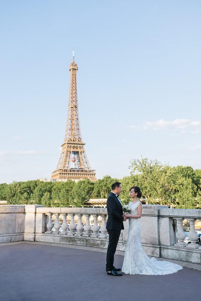 Elope in Paris at the Bir Hakeim bridge