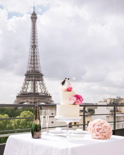 Paris wedding cake - Synies prepares dream wedding cakes for elopements in Paris