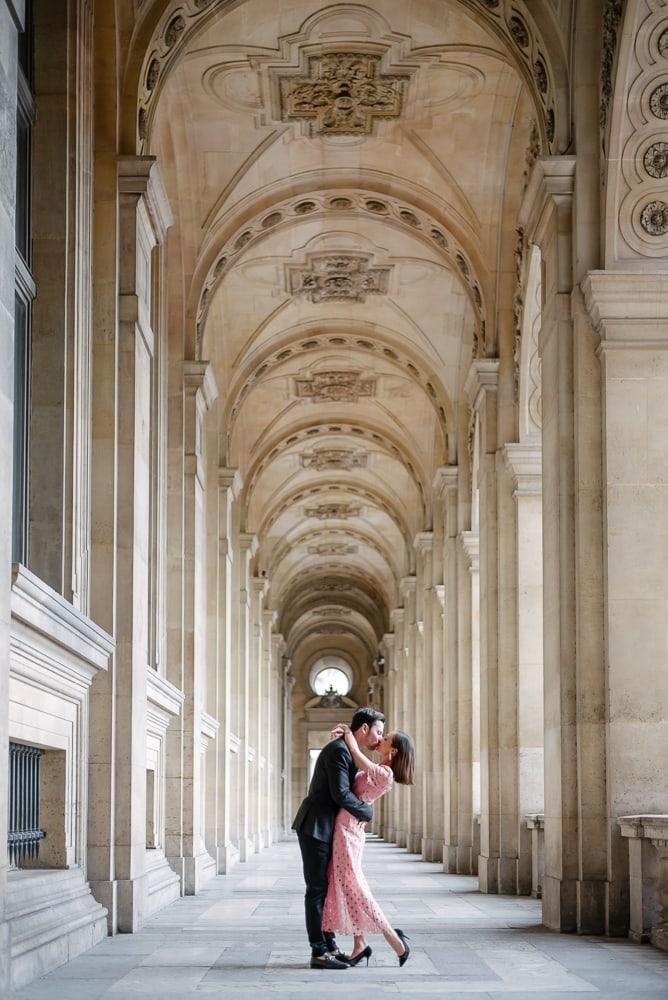 Couple photo ideas - the romantic and breathtaking kiss