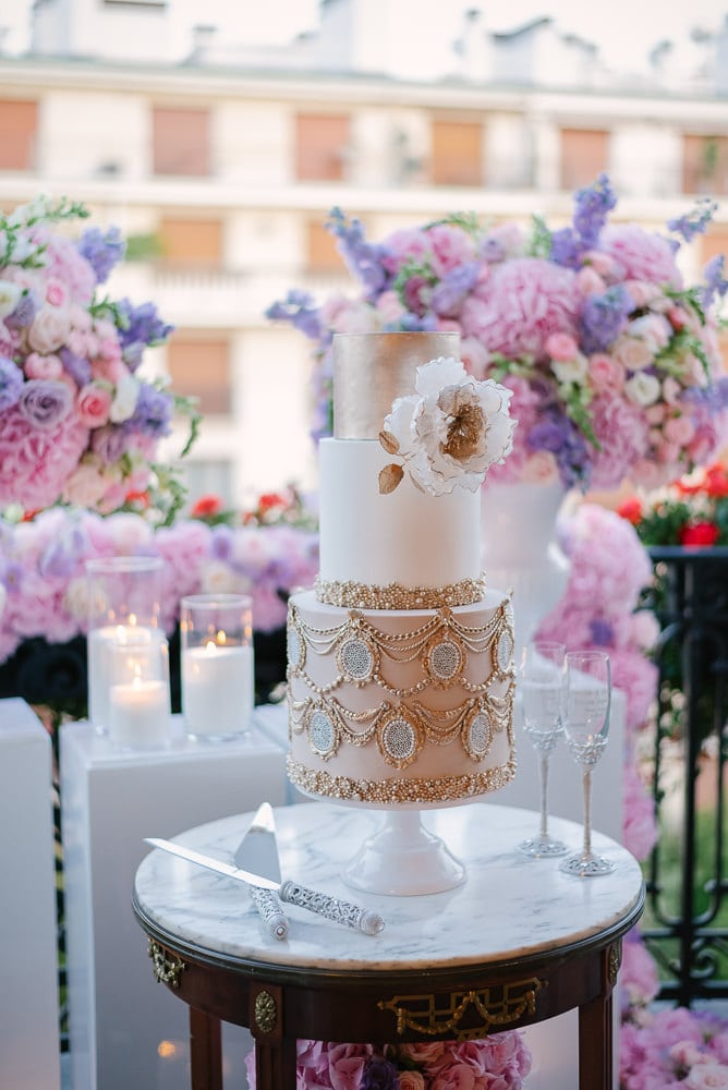 Luxury wedding cake at a wedding in Plaza Athenee Paris