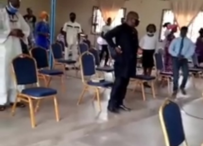 Pastor's Voice Under Facemask Sounds Like Masquerade's - Worshippers