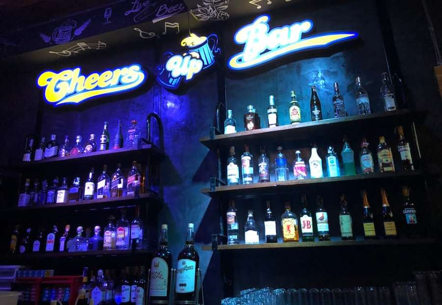 cheers up bar krabi