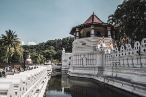 kandy sri lanka temple of the tooth