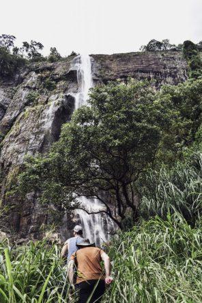 sri lanka diyaluma falls