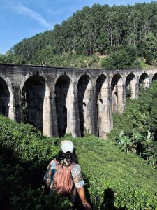 nine arches bridge ella sri lanka
