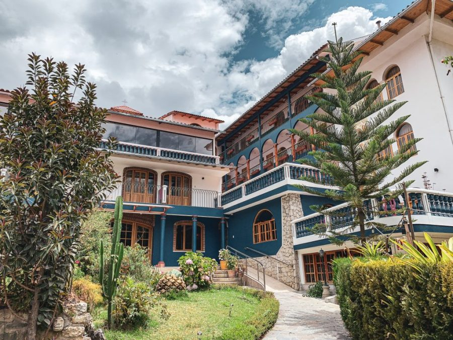 where to stay in huaraz peru
