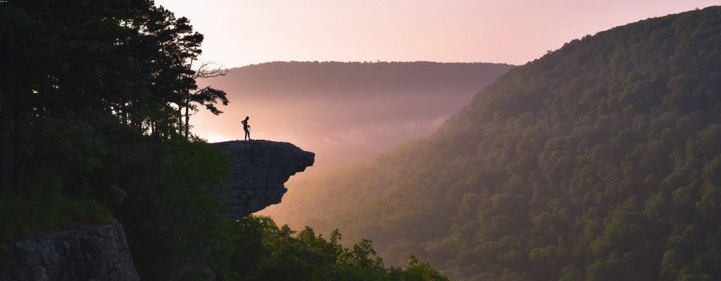 ozark national forest hawksbill crag sunrise hike