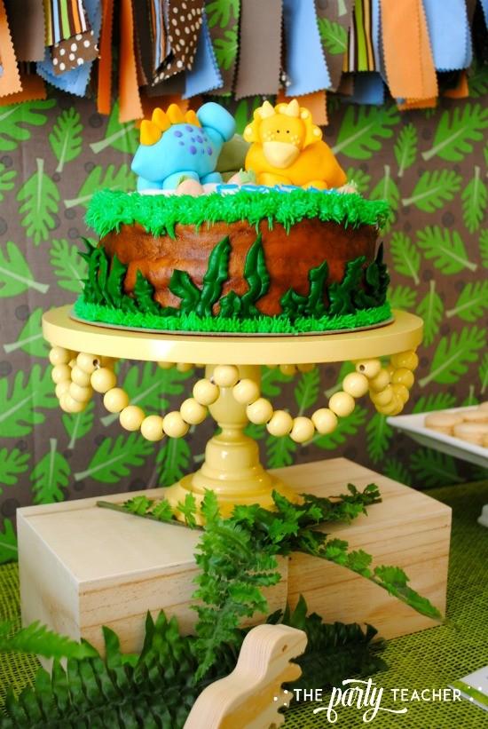 Dinosaur baby shower theme cake