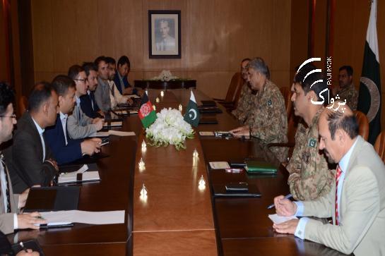 Afghan Media Delegation Meets COAS Gen. Bajwa in Rawalpindi