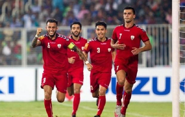 Football1-615x300@2x